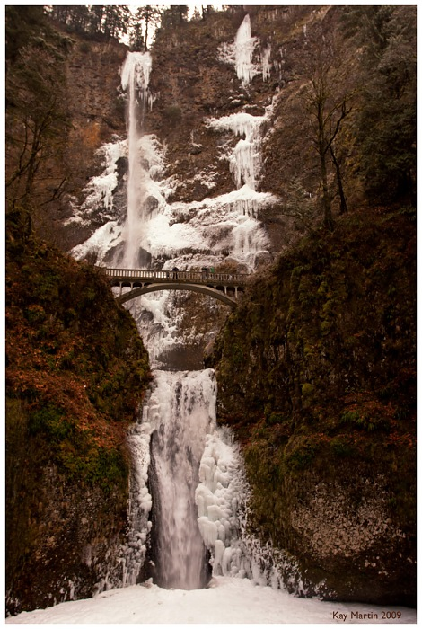 photoblog image cold snap at Multnomah Falls